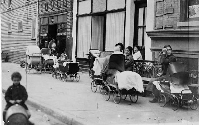 birth control clinic, Brooklyn NY, 1916