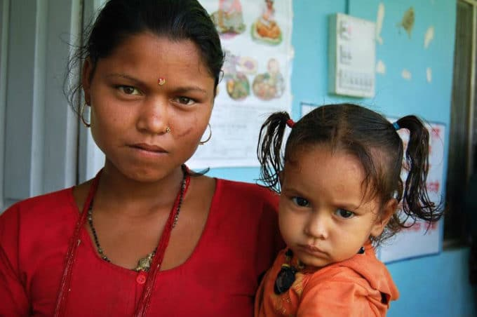 photo of an Indian woman and her young daughter