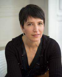 headshot of Lara Freidenfelds